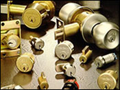Residential and commercial locksmiths